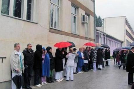 Istočno Sarajevo:Ponovo okupljanje zbog neisplaćenih plata