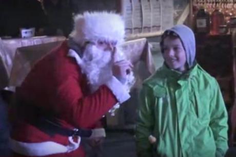 Pijani Djed Mraz u Banjaluci Skrivena kamera
