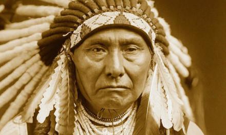 PISMO INDIJANSKOG POGLAVICE AMERIČKOM PREDSJEDNIKU: Mirisne trave naše su sestre; jelen, pastuh, veliki orao – svi oni naša su braća, a bijelom čovjeku zemlja nije sestra već neprijatelj, pokori je i ide dalje