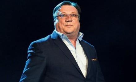 Halid Bešlić otkazao turneju zbog smrti oca