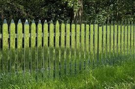 Ovaj covjek ima najzanimljiviju ogradu koju ste do sada vidjeli… Sigurni smo!