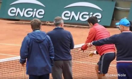 Novak izmislio novi sport na Rolan Garosu! (VIDEO)