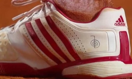 Simbol na Novakovim patikama? Evo šta on znači!