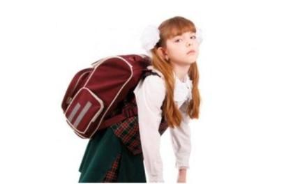 Sve škole treba da obezbijede ormariće za odlaganje udžbenika