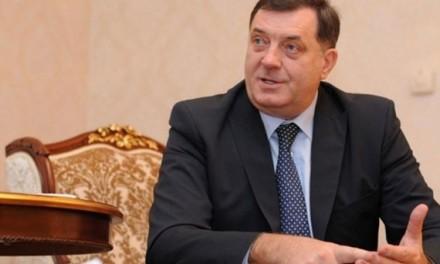 Dodik: Izetbegović zloupotrebljava institucije BiH
