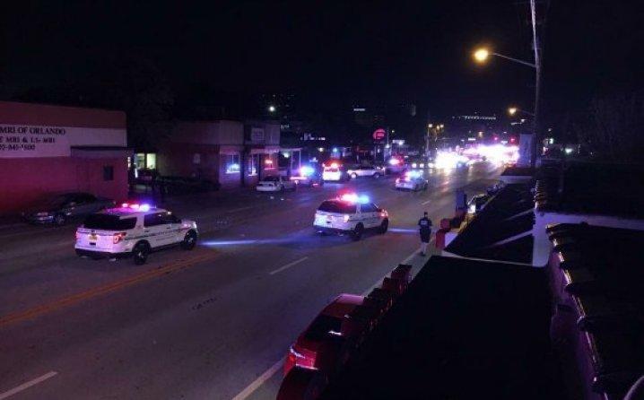 Orlando: Ljudi panično bježe od rafala! UBICA DRŽI TAOCE