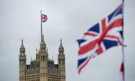 Više od dva miliona Britanaca potpisalo peticiju
