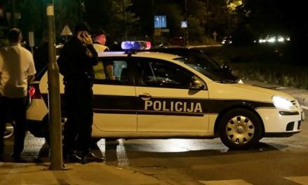 Ženi u Sarajevu nasred ulice otet automobil