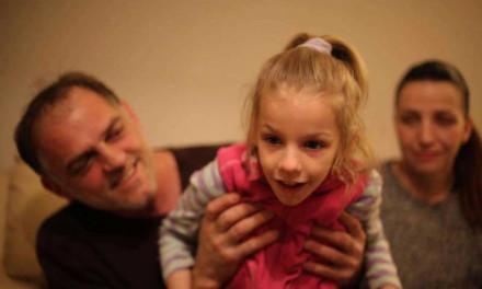 Pomozimo petogodišnjoj Anji