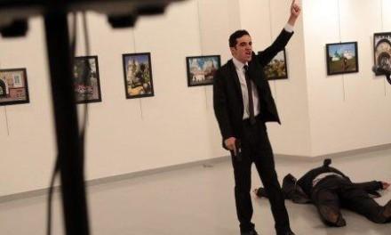 U Turskoj upucan ruski ambasador Andrej Karlov