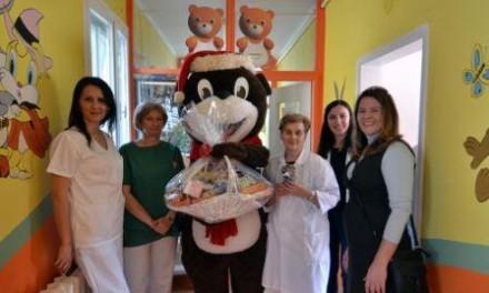 Medvjedić Lino posjetio pedijatriju u Istočnom Sarajevu i SOS Dječije selo
