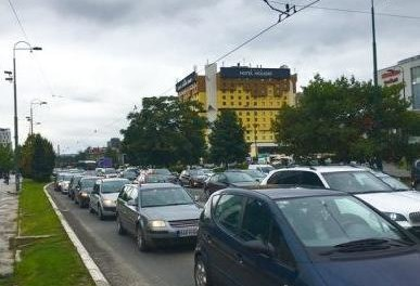 """U Sarajevu od jutros uveden sistem vožnje """"par-nepar"""""""