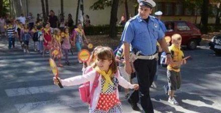 MUP Republike Srpske apeluje da vozači povećaju pažnju prema školarcima