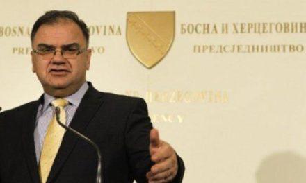 Ivanić: Izetbegović nije želio da se o reviziji tužbe protiv Srbije glasa u Predsjedništvu BiH