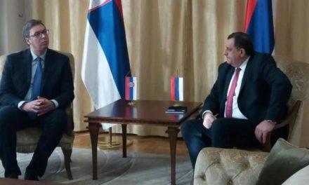 Vučić u Istočnom Sarajevu s Dodikom, razgovarao o samitu