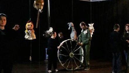 """Održana pozorišna predstava"""" Lutke teatar i Mi"""" i izložba sa radionicom """"Boje raspoloženja"""""""