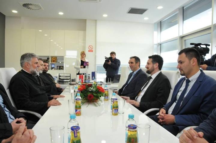 Vladika Grigorije posjetio gradonačelnika i gradsko rukovodstvo Istočnog Sarajeva