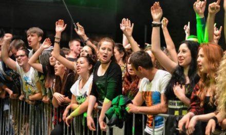 Zoster/Zabranjeno pušenje/Goran Bare & Majke na Aquani 10. maja