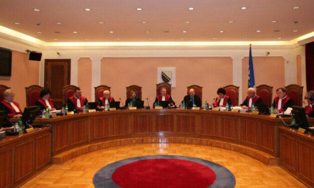 Ustavni sud BiH svojim zaposlenicima omogućio vakcinaciju u Srbiji