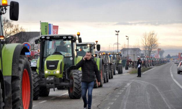 Poljoprivrednici iz Srpske i Federacije BiH blokiraju granice
